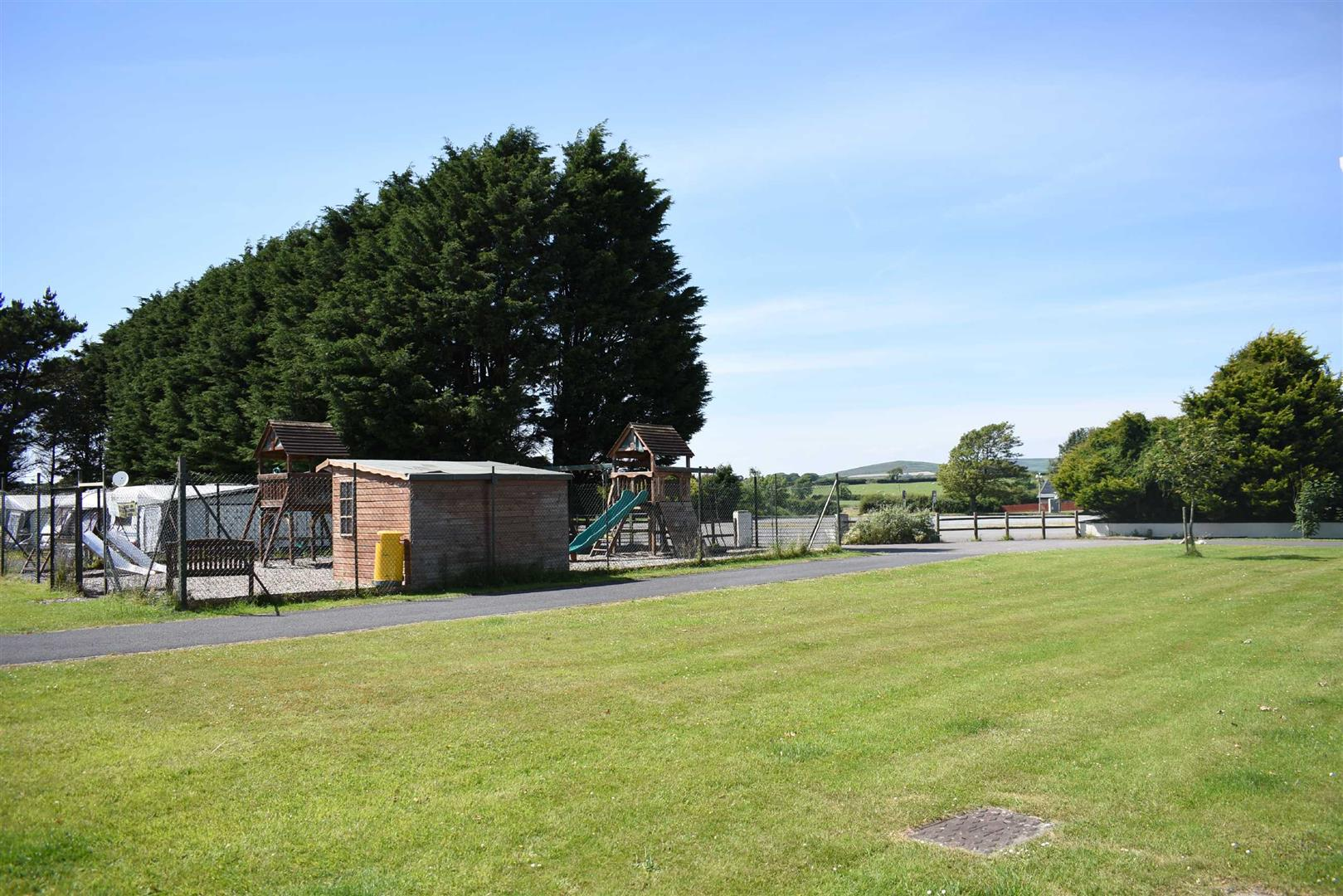 Gower Holiday Village, Scurlage Gower, Swansea, SA3 1AY
